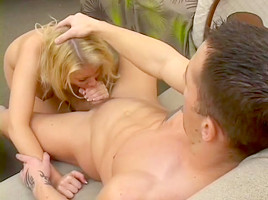 A Horny Mature Mom Gets Tag Teamed