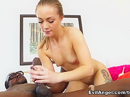 Sadie Blair & Moe Johnson in Evil Amateur Blowjobs Movie-