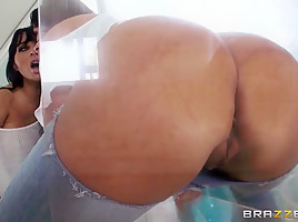 Big Wet Butts: Tight Jeans, Big Booty. Holly Halston, Danny D