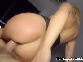 Ginger Hell & Nacho Vidal in Nacho's Fucking Amateurs #04: MILFs Video-