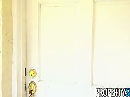 PropertySex Horny Houseflipping Real Estate Agent Fucks Her Handyman