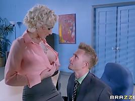 Harlow Harrison & Bill Bailey in Obsessive Cum-pulsive Disorder - Brazzers