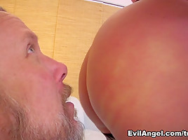 Julie Cash,Tom Byron in Your Lips, My Ass: Glenn King's Favorite Ass Worship!, Scene #06