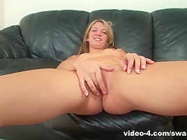 Kaycee Dean Has Cum on Her Crotch! - SwankPass