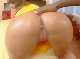 Thicc jewish cheerleader naomi gets her bubble butt pounded
