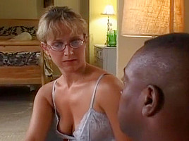 Mature Lizzy Law Never Gets Tired Of Pounding