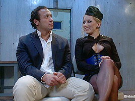 Dia Zerva & Dutch Bardoux in Dutch On Ice - DivineBitches