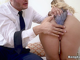 Assh Lee in Assh Lee Gets Her Asshole Stretched - AssParade