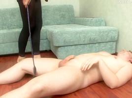 Under-Feet Video: Nimfa