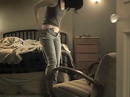 Krysten Ritter - Jessica Jones S01E01-02 (2015)