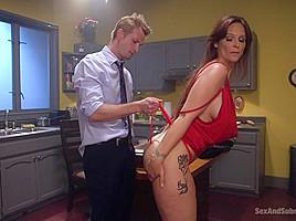 Bill Bailey & Katy Kiss & Syren de Mer in The Long Con - SexAndSubmission