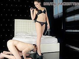 Charlotte Clips - Brutal-Facesitting