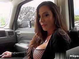 Levi Cash, Ariella Ferrera in So fine Movie