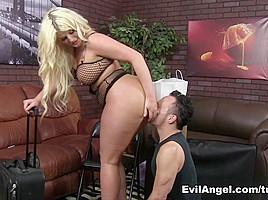 Julie Cash in FemDom Ass Worship #23, Scene #04