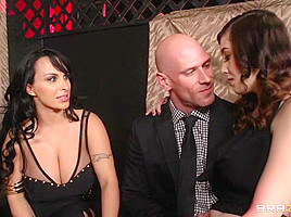 Milfs Like it Big: Learning From the Best. Holly Halston, Noelle Easton, Johnny Sins