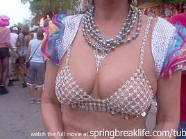 SpringBreakLife Video: Flashing In Key West
