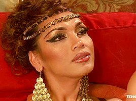 TS Yasmin Lee as Cleopatra: TsSeduction.com Special Feature