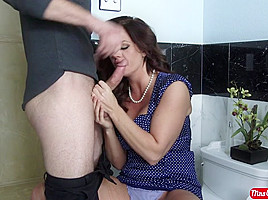 Holly Heart & Bill Bailey in Holly Heart and the return of the cream pie - MrsCreampie