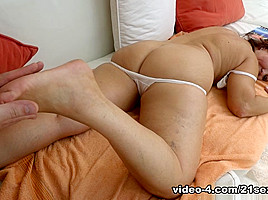 Red Mary & Jeremy in Red Velvet - 21Sextreme