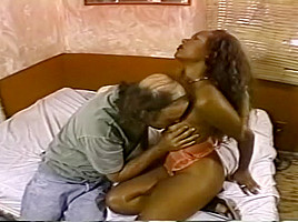 Sexy Black Bitch Gets Some White Cock
