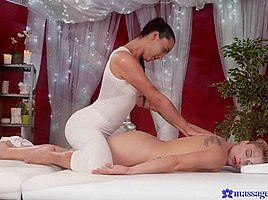 Anna Rose & Brittany Bardot in Anna On Brittany - MassageRooms