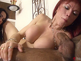 Nicolly Lima & Erika Schinaider & Andre Garcia in Andre Stretches A Pair Of Shemale Holes - Tranny