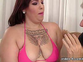 Phoenixxx BBW in Facing A Fat Ass - JeffsModels