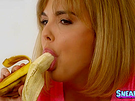 Dillion Harper & Chad White in Show Me Yours - SneakySex