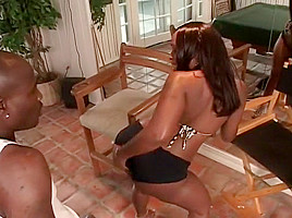 Cheating Black Babe Goes Ass To Mouth