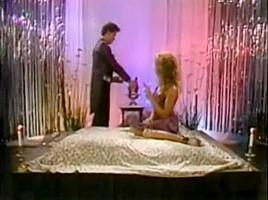 Samurai Retro Sweethearts - Blondie Bee - champagne sex