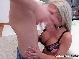 Busty Brit Barbie: Double-Vag Audition - EvilAngel