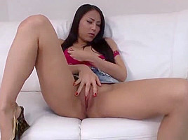 Ren Azumi Leaves Her Man To Play With Toys Down Her Cherry