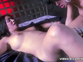 Angelina Valentine in T-Girl Pick Up with Vanity