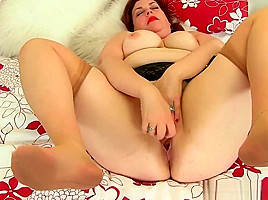 English milfs Vintage Fox and Alicia Rydes stripping off-