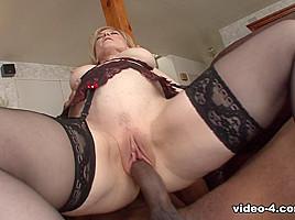 Nina Hartley in Milf Enjoys Big Black Cock - Vivid