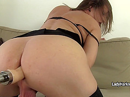 LibertyHarkness - TS Becky On Libbys Fuck Machine