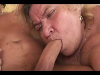 Large Titts Granny R20