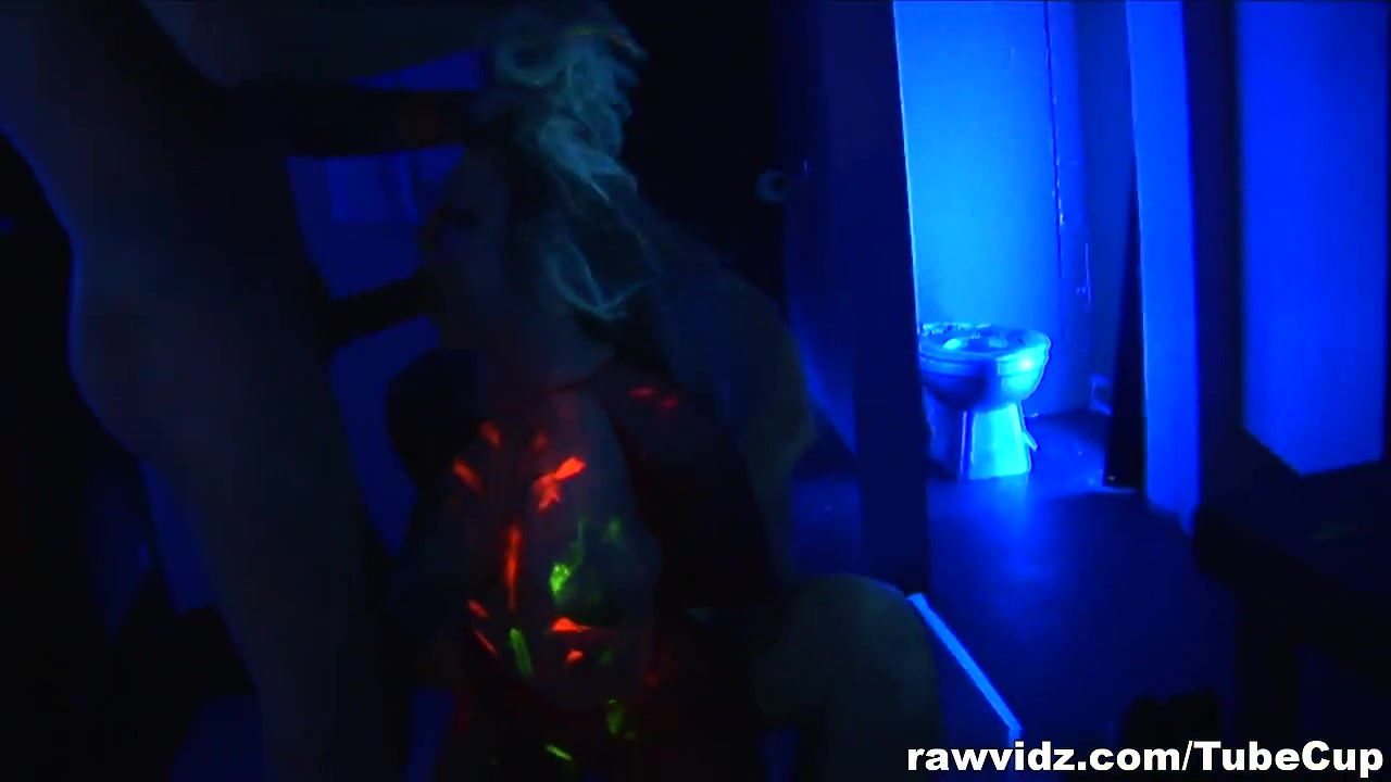 RawVidz Video: Blonde enjoys two glory holes