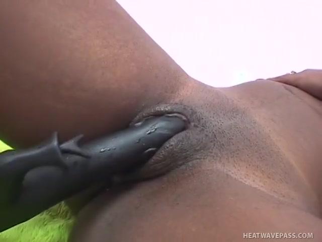 Lesbian Ebony Amateurs Have Massive Toy Hot Two Girls Kissing