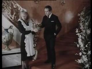 Ekstasen, Madchen und Millionen (1979) naked in argyle socks