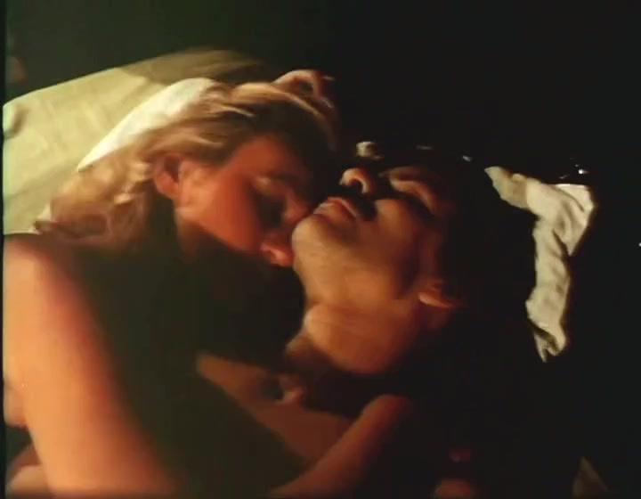 Hardcore Foursome porn movie with retro horny sluts