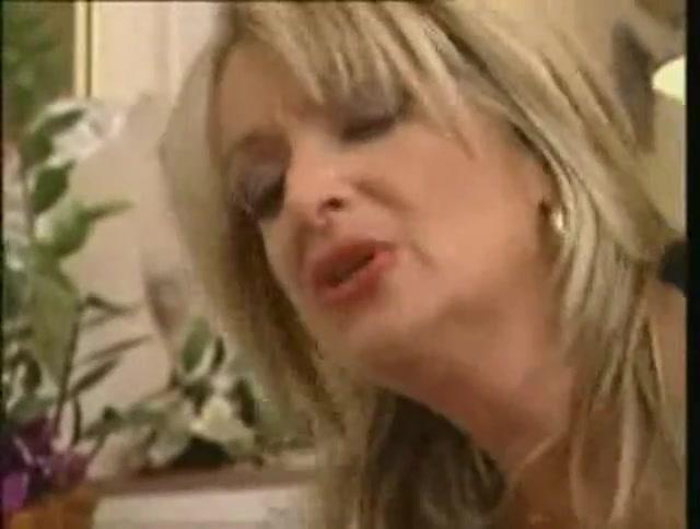 Granny Shows A Juvenile Nun How To Fuck Hot naked blonde girls masterbating