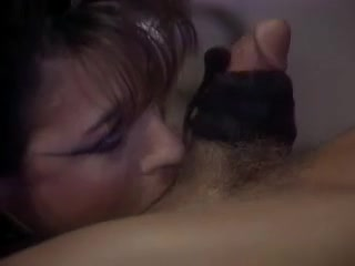 Darksome Mouth Small tits bbw giving a quickie handjob