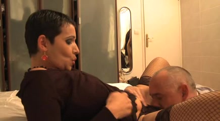 European brunette MILF enjoys a cock up her hot pussy I love cum in me