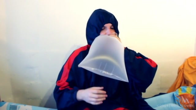 B2P Blow to Pop 3 Plastic Bags in Rainwear [MALE] start phone sex line