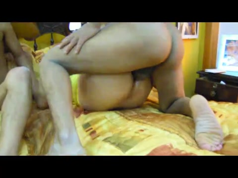 Crossdresser in yellow eats two cocks in turn Beach sex free in Samana