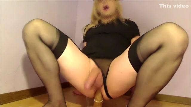 Crossdresser Slut Ride a Toy Cumming Hands Free Horny older women in Ireland