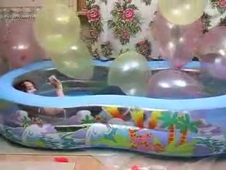 Pool pop ballons Sexy young deepthroat slutload
