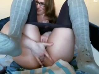 Cutiekitty4u having pleasure with ohmibog sex games for touch free