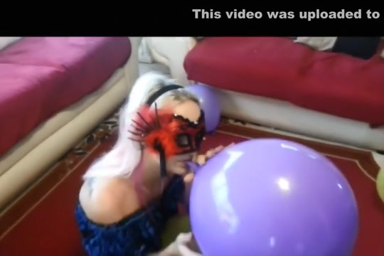 Beautiful Looners - High Heels vs Balloons ( trailer ) Faketaxi blonde milf